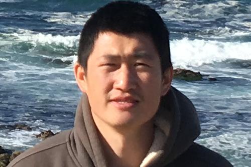 Hongjun Dong